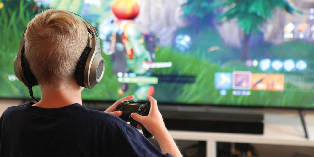 If you're the parent of a child who likes video games, no doubt you're familiar with Fortnite. But is this game, and others like it, really detrimental to our children's brains and social skills? My Weekly Preview asks the experts.