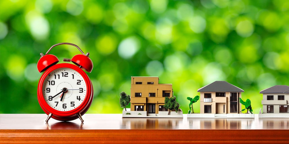 Picking the perfect time to buy or sell property isn't rocket science.